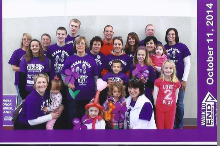 Walk To End Alzheimer's T-Shirt Photo