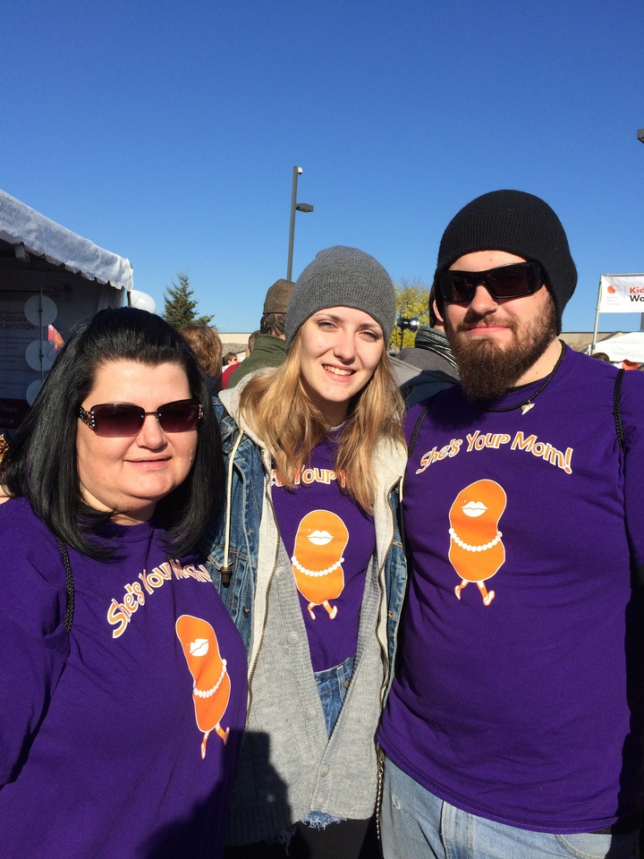 Kidney Walk  T-Shirt Photo