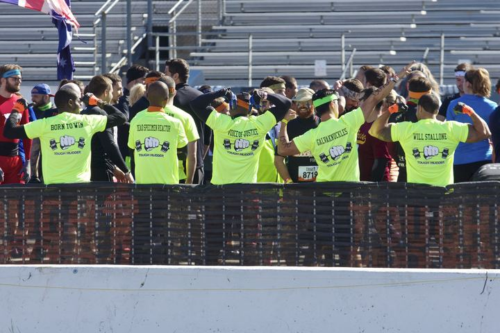2014 Tri State Tough Mudder   World Changers T-Shirt Photo