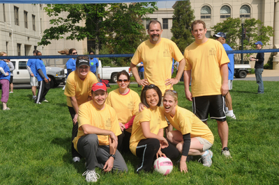 Au Buzz Volleyball Team 2 T-Shirt Photo