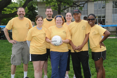 Au Buzz Volleyball Team 1 T-Shirt Photo