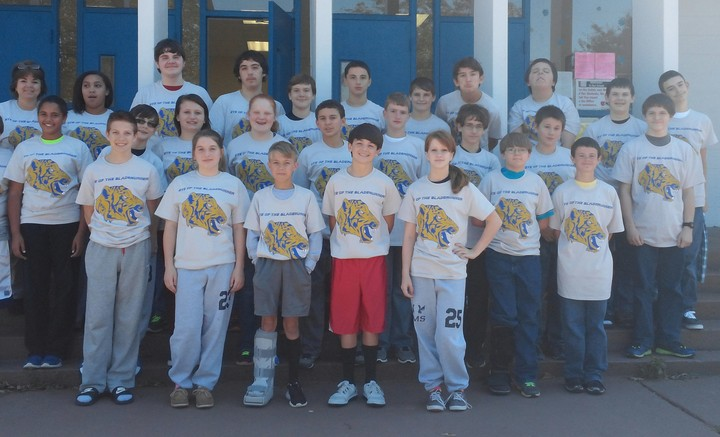 Tiger Techs Team Picture T-Shirt Photo