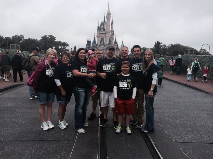 James 40 Disney Trip T Shirt Photo