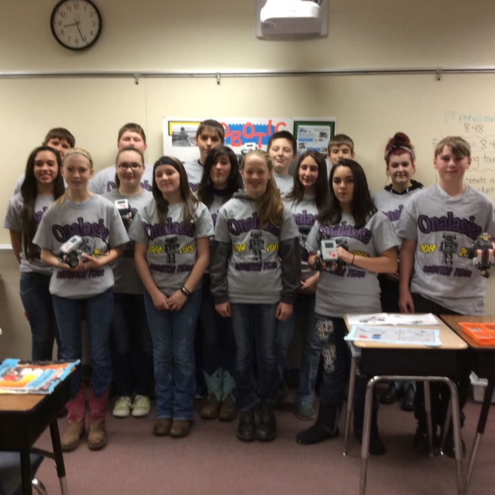 Onalaska Middle School Robotics Team T-Shirt Photo