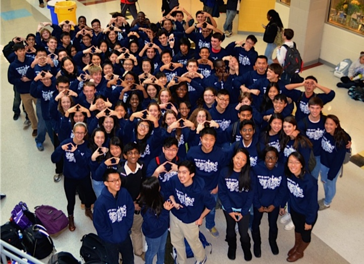 Richard Montgomery's Ib Seniors Of 2015!!! T-Shirt Photo