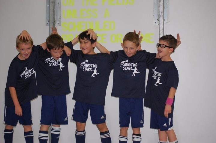 U8 Shooting Stars T-Shirt Photo