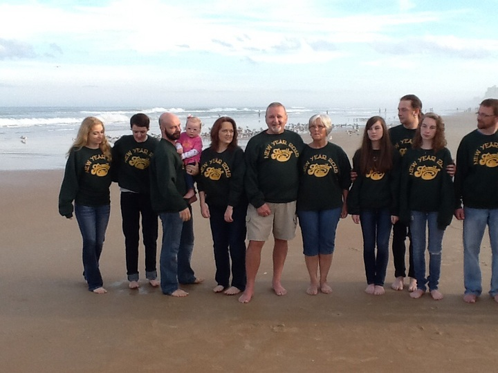 Family 2015 T-Shirt Photo