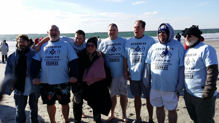 Penguin Plunge 1 1 2015 T-Shirt Photo