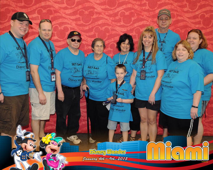 Disney Cruise Family Vacation T-Shirt Photo