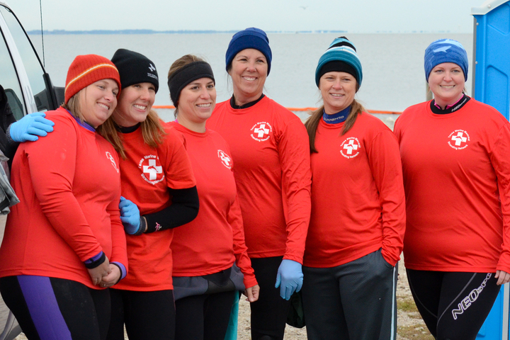 Manatee Rescue Team Members Before A Chilly Rescue Of A Cold Stressed Manatee T-Shirt Photo