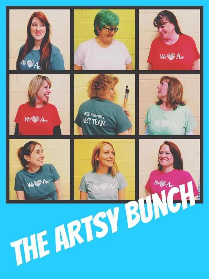 The Artsy Bunch T-Shirt Photo