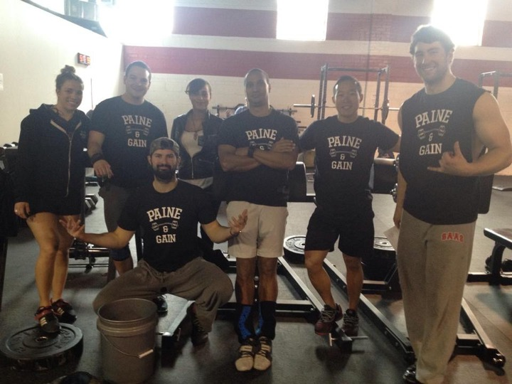 Team Pain And Gain During The Cross Fit Games Open T-Shirt Photo