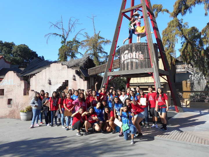 Bell Gardens High School At Knott's Berry Farm T-Shirt Photo