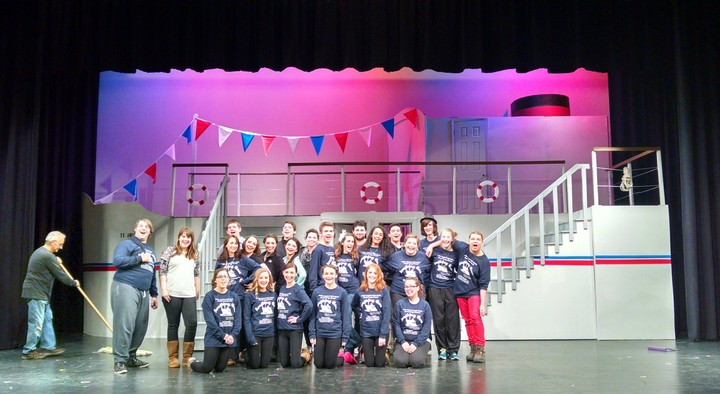 Cast Of Anything Goes T-Shirt Photo