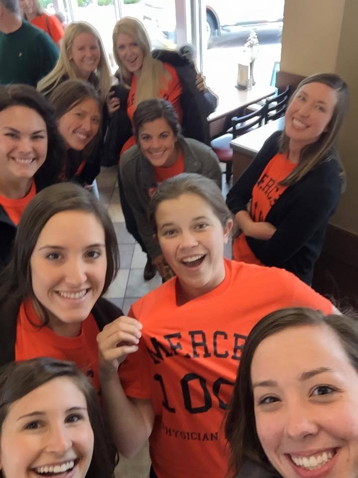 Mercer Pa Students Giving 100% T-Shirt Photo