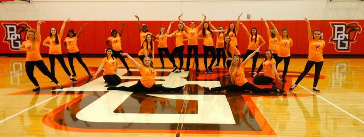 Falconettes Kickline Team T-Shirt Photo