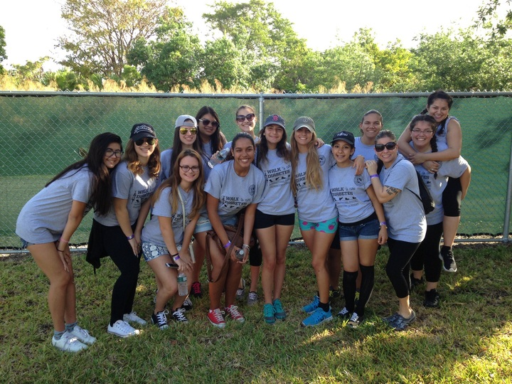 Ispa Spirit Squad Walks To Cure Diabetes 2015 T-Shirt Photo