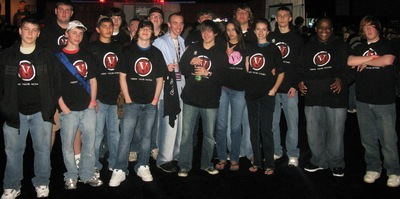 V Vv Gaming T-Shirt Photo