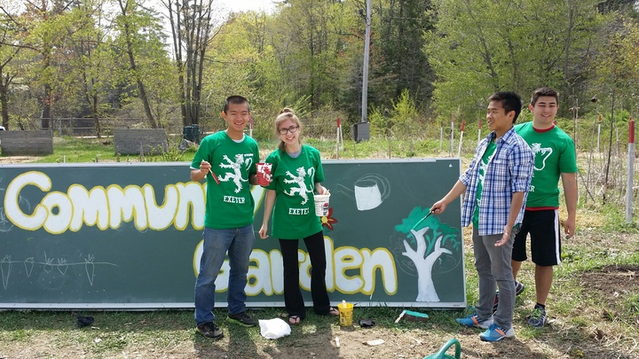 Phillips Exeter Academy Green Apple Day T-Shirt Photo