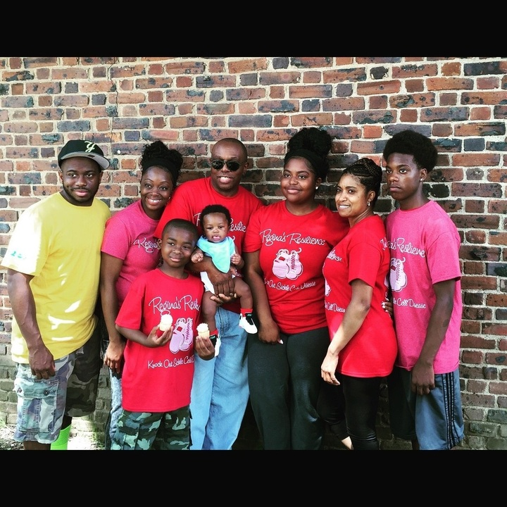 Knock Out Sickle Cell Disease T-Shirt Photo