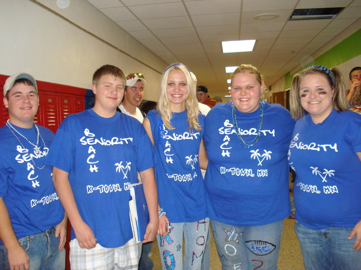Seniors 2009 T-Shirt Photo