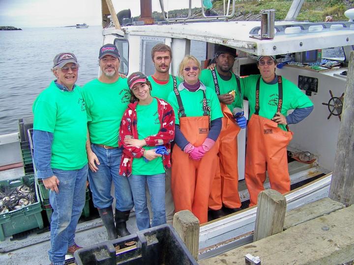 Team Sea Hag   Trap Day 2008 T-Shirt Photo