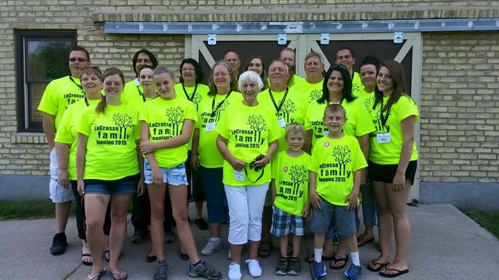 La Crosse Family Reunion T-Shirt Photo