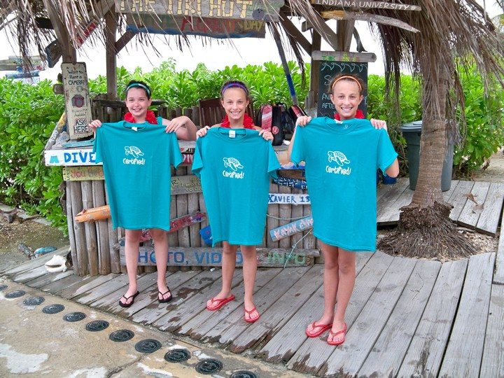 Rileigh, Avery & Mackenzie Get Jr. Open Water Scuba Certified! T-Shirt Photo