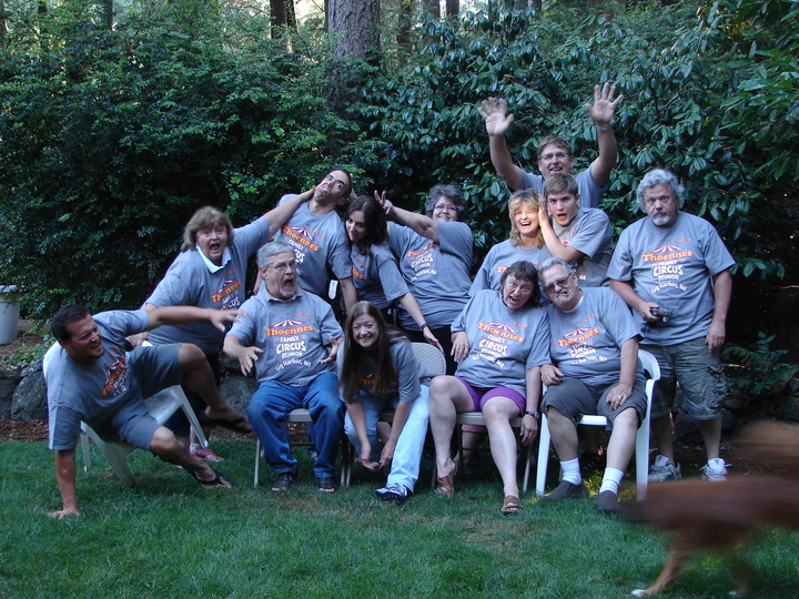 Thoennes Family Circus Reunion T-Shirt Photo