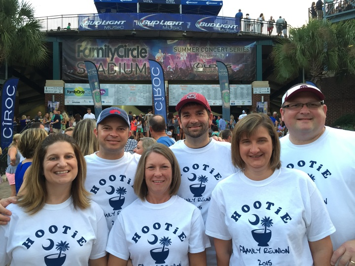 Hootie Family Reunion 2015 T-Shirt Photo