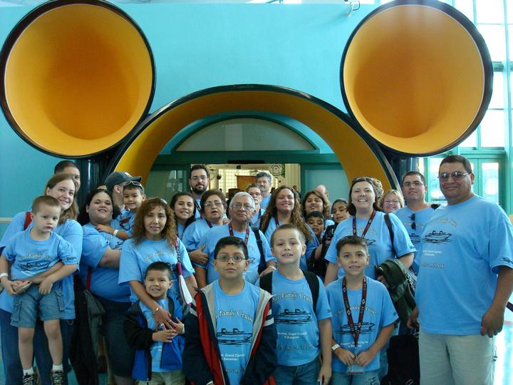 Family Disney Cruise T-Shirt Photo