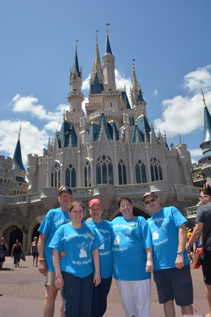 2015 Magical Family Vacation T-Shirt Photo