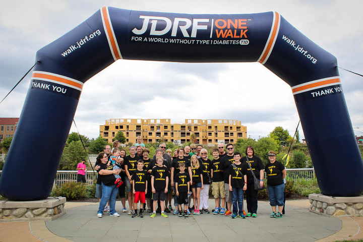 Luke's Lifesavers For Jdrf T-Shirt Photo