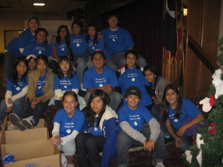 Crosby Elementary's Student Council Helps The Less Fortunate T-Shirt Photo