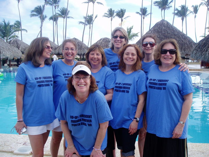 Reunion 09 T-Shirt Photo