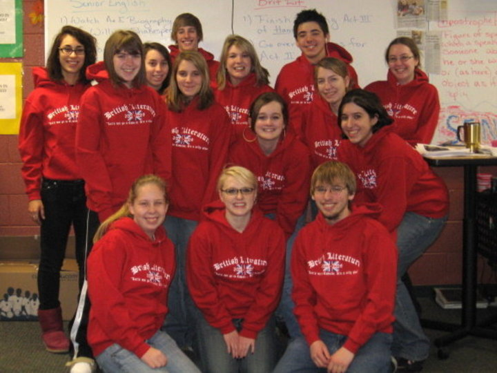 Brit Lit Class Of 09! T-Shirt Photo