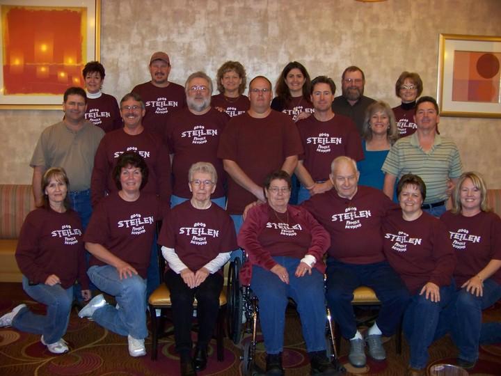 2009 Steilen Family Reunion T-Shirt Photo
