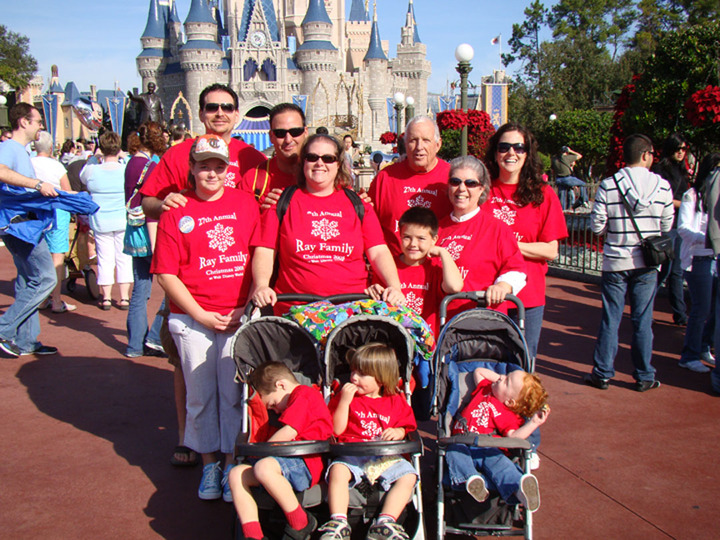 Disney Christmas 2009 T-Shirt Photo