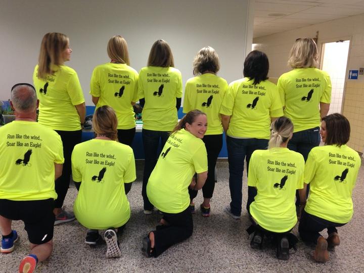 Lafayette Mills School Running Team T-Shirt Photo
