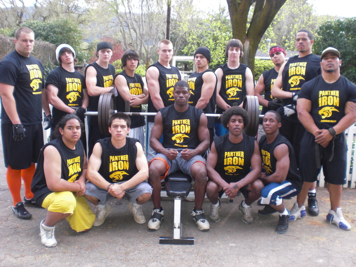 Av Iron '09 Weight Lifting/Football Team T-Shirt Photo