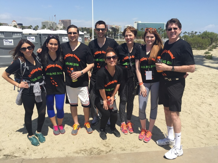 Walk Ms 2016   Team No M Sing Around T-Shirt Photo