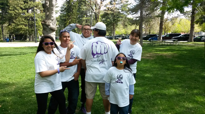 Lupus Walk T-Shirt Photo