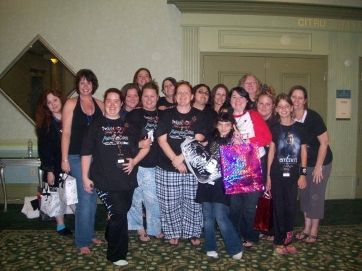 Twi Moms At Accio Con T-Shirt Photo