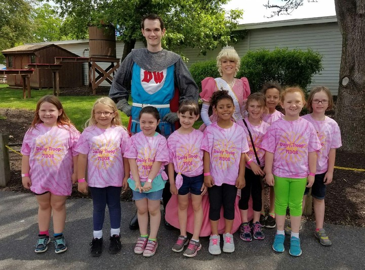 Daisy Troop 71308 T-Shirt Photo