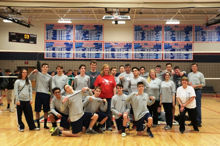 East Volleyball T-Shirt Photo