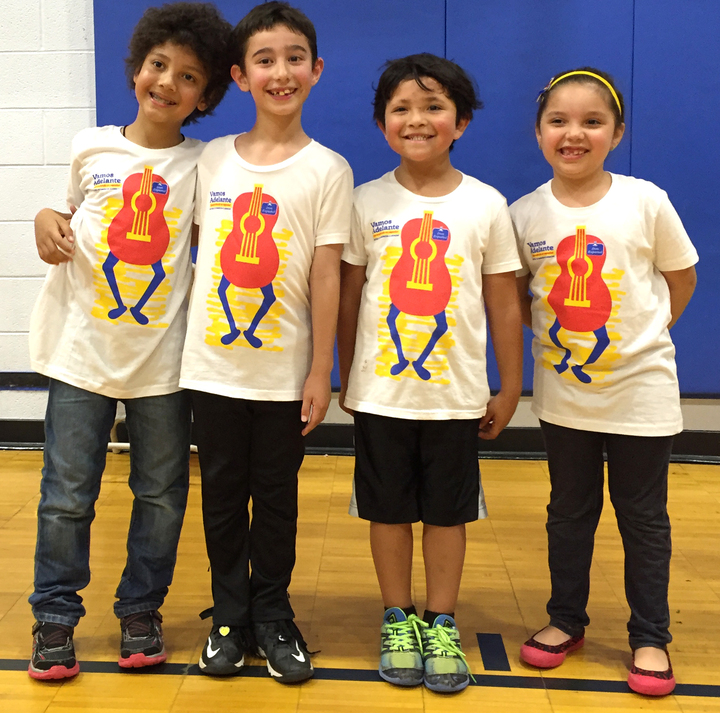 Vamos Adelante Kids Group T-Shirt Photo