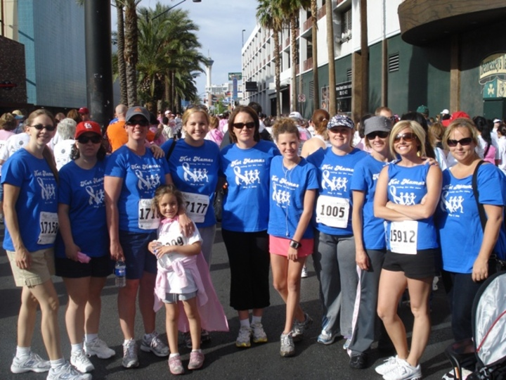 Hot Mamas Race For The Cure T-Shirt Photo