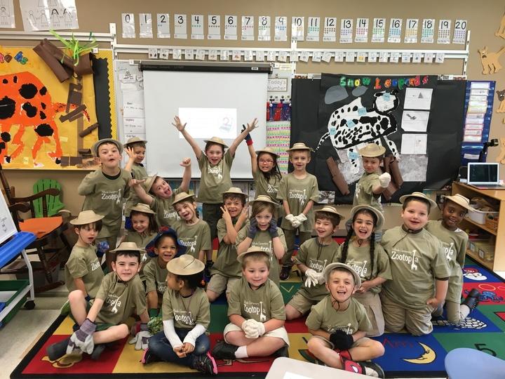 Kindergarten Zootopia! T-Shirt Photo