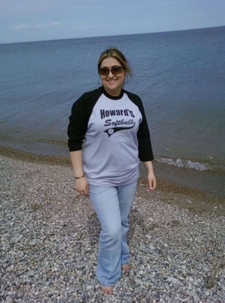 Howards Softball T-Shirt Photo