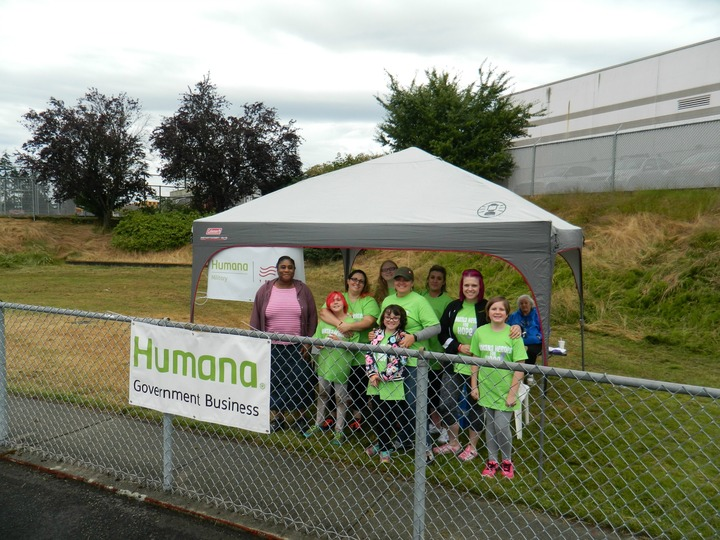 Humana Heroes For Hope T-Shirt Photo